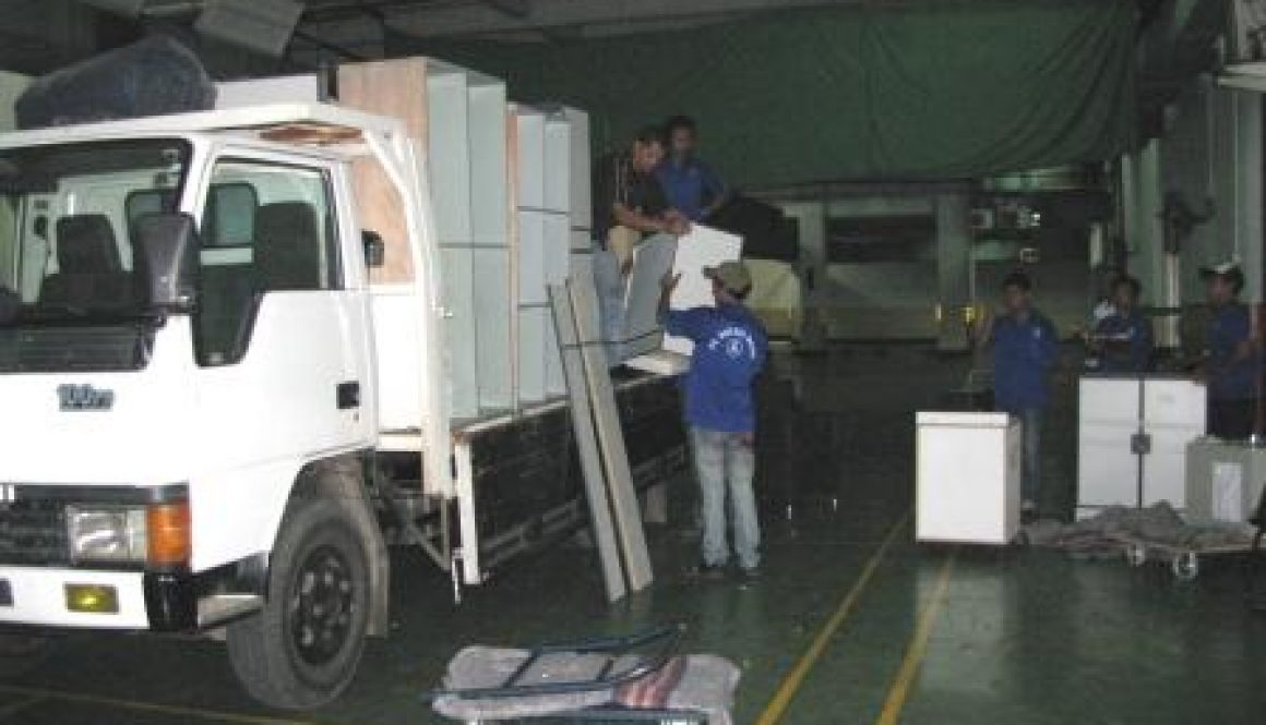 Budget movers in Jakarta